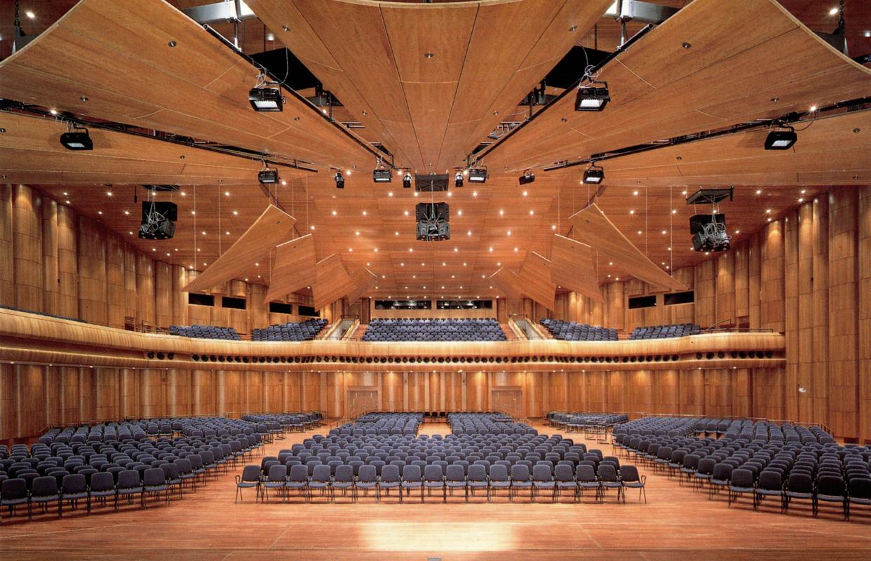 Montreux Jazz Festival 2015 >> Création d'un auditorium et d'une salle de congrès Montreux – PS Architecture